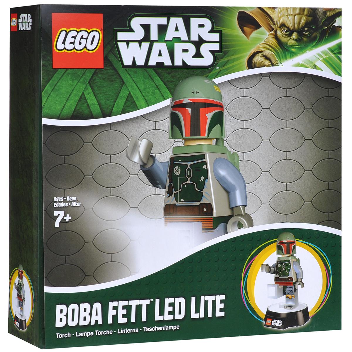 LEGO: Фонарик-ночник Star Wars: Boba Fett LGL-TOB8LGL-TOB8Фонарик-ночник LEGO Star Wars Boba Fett - обязательный атрибут детской комнаты. Его мягкий свет успокаивающе действует на малышей, которые боятся темноты, не напрягая детские глазки и не создавая излишнего светового излучения. При этом его света достаточно, чтобы легко ориентироваться в темноте. Ночник выполнен в виде фигурки героя фильма Звездные Войны Бобы Фетта с реактивным ранцем за спиной.Ночник автоматически отключается через 30 минут. Фигурка снимается со светящейся базы, благодаря чему ее можно использовать как фонарик. Включается нажатием кнопки на груди.Фигурка питается от 3 батареек АА.