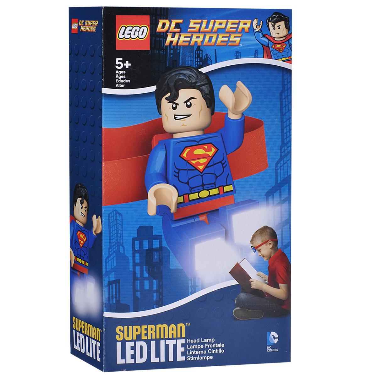 Налобный фонарик Lego Superman. LGL-HE7LGL-HE7Налобный фонарик Lego Superman исполненный в виде бесстрашного супергероя, станет верным спутником при любом занятии вашего ребенка. Фонарик станет незаменимым в походах, при чтении книг, конструировании, собирании мозайки и других интересных занятиях и играх. Главное отличие этого изделия заключается в том, что он не только освещает нужное пространство, но и оставляет руки хозяина свободными. Яркие светодиодные лампы встроены в ступни героя. Супергерой может вращать конечностями, что позволяет использовать его как игрушку, а также направлять светодиодные лампы в двух направлениях. Работает устройство от двух круглых батареек, которые входят в комплект. Характеристики:Материал: пластик, металл. Размер игрушки: 7 см х 4 см.Изготовитель: Китай.BR>В комплекте c батарейками 2 хСR2025 3v.