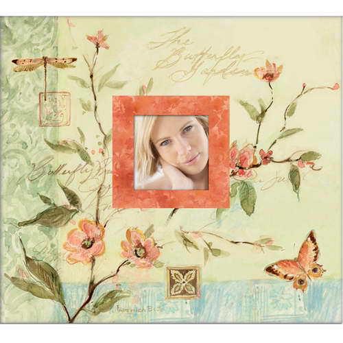Альбом для скрапбукинга K&Company Секреты природы, 31 см х 31 смKCO-30-389250Прекрасный альбом для скрапбукинга K&Company Секреты природы содержит рамочку-окошко для личной фотографии. Он прост в исполнении, подойдет как для начинающих, так и творческих профессионалов В наборе 10 листов с пленкой для 20 бумажных листов (31 х 31 см).Скрапбукинг - это хобби, которое способно приносить массу приятных эмоций не только человеку, который этим занимается, но и его близким, друзьям, родным. Это невероятно увлекательное занятие, которое поможет вам сохранить наиболее памятные и яркие моменты вашей жизни, а также интересно оформить интерьер дома.