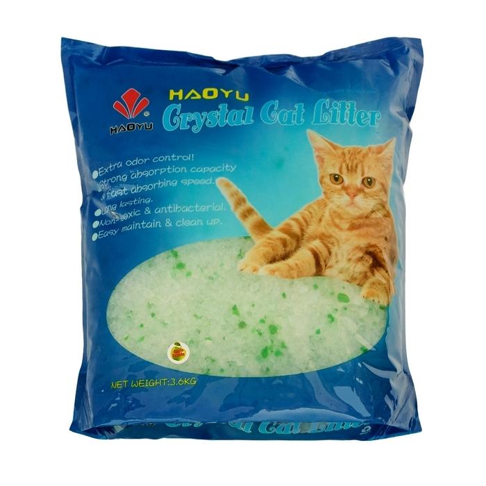 Наполнитель для кошачьего туалета Haoyu Crystal Cat Litter, силикагелевый, с ароматом яблока, 3,6 кг900107Силикагелевый наполнитель Haoyu Crystal Cat Litter - это уникальный продукт на рынке наполнителей для кошачьих туалетов. Основной компонент наполнителя - диоксид кремния. Наполнитель не растворяется в воде, обладает приятным ароматом яблока и не содержит пыли, способной вызвать аллергию у людей и животных. Сильная адсорбирующая способность силикагелевой основы наполнителя позволяет получить огромный коэффициент влагопоглощения - более 80%. При этом наполнитель вследствие его пористой структуры под действием влаги не размокает, а впитывает ее таким образом, что поверхность наполнителя остается сухой. Кроме влаги наполнитель Haoyu Crystal Cat Litter способен поглощать практически все бактерии, а также молекулы, создающие неприятный запах. Это свойство наполнителя купировать запахи, бактерицидный эффект, а также способность поверхностного слоя наполнителя оставаться сухим особенно важны в тех случаях, когда лоток используется несколькими животными. Состав: диоксид кремния. Объем: 3,6 л.