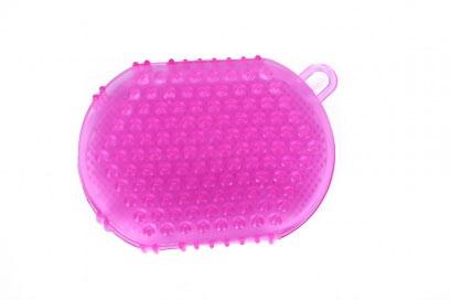 Рукавичка массажная Bradex Принцесса, цвет: розовыйTD 0073Рукавичка Bradex Принцесса предназначена для проведения массажа во время принятия душа или ванной. Это массажное средство удобно тем, что надевается на руку, благодаря чему вы сможете контролировать степень интенсивности массажа. Рукавичка Bradex Принцесса подойдет и для людей с чувствительной кожей. При регулярном применении массажной рукавички улучшится кровообращение, повысится тонус кожи и выровняется ее поверхность.