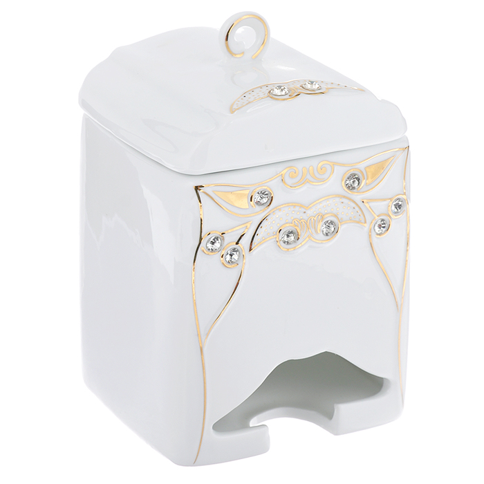 Банка-домик для чайных пакетиков Золотой всплеск. 595-374595-374Банка-домик для чайных пакетиков Золотой всплеск изготовлена из высококачественного фарфора белого цвета. Крышка и корпус банки декорированы стразами и рельефом, покрытым золотистой эмалью.Элегантная банка-домик для чайных пакетиков Золотой всплеск идеально подойдет для сервировки стола и станет отличным подарком к любому празднику.Банка упакована в подарочную коробку. Характеристики:Материал: фарфор. Высота банки (без учета крышки): 14 см. Размер банки: 8,5 см х 8,5 см.
