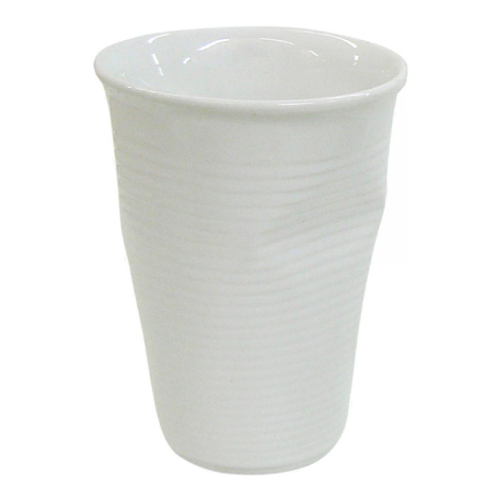 """Стакан """"Ceraflame"""" изготовлен из качественной керамики в форме мятого стакана. Керамика Ceraflame является экологически чистым продуктом. Кроме того, за счет своей прочности, на ее поверхности не будут появляться трещинки, которые зачастую приводят к развитию вредных бактерий. Этот стаканчик полностью безопасен не только для окружающей среды, но и для своего владельца, (выдерживает температуру до 350°С).  Стаканчик подойдет для первоапрельской шутки или дружеского розыгрыша. Его всегда по достоинству оценят люди с хорошим чувством юмора, умеющие веселиться и вспоминать смешные моменты из своей жизни.   Не использовать на открытом огне и не подвергать резким перепадам температур. Пригоден для использования в микроволновой печи. Можно мыть в посудомоечной машине.      Диаметр (по верхнему краю): 8 см.  Высота стакана: 11 см.  Диаметр дна: 5 см."""