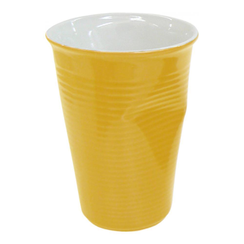 Стакан Ceraflame Мятый стаканчик, цвет: желтый, 240 мл080720GСтакан Ceraflame изготовлен из качественной керамики в форме мятого стакана. Керамика Ceraflame является экологически чистым продуктом. Кроме того, за счет своей прочности, на ее поверхности не будут появляться трещинки, которые зачастую приводят к развитию вредных бактерий. Этот стаканчик полностью безопасен не только для окружающей среды, но и для своего владельца, (выдерживает температуру до 350°С).Стаканчик подойдет для первоапрельской шутки или дружеского розыгрыша. Его всегда по достоинству оценят люди с хорошим чувством юмора, умеющие веселиться и вспоминать смешные моменты из своей жизни. Не использовать на открытом огне и не подвергать резким перепадам температур. Пригоден для использования в микроволновой печи. Можно мыть в посудомоечной машине.Диаметр (по верхнему краю): 8 см.Высота стакана: 11 см.Диаметр дна: 5 см.
