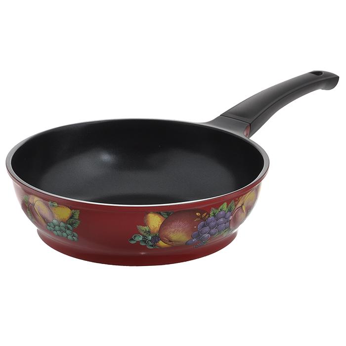 """Сковорода-вок SunWoo """"Фрукты"""" изготовлена из литого алюминия с антипригарным  керамическим покрытием. Это экологически чистое покрытие, так как оно не содержит вредных  примесей PFOA и PFOS. Кроме того, такое покрытие обладает отличными отталкивающими  свойствами, что препятствует пригоранию и прилипанию пищи к стенкам. Это позволяет готовить  с меньшим количеством масла. Внутренняя поверхность идеально гладкая, что облегчает чистку.  Внешняя поверхность красного цвета оформлена красочным изображением фруктов. Удобная  ручка, изготовленная из бакелита, не нагревается в процессе готовки и обеспечивает  комфортное использование.  Подходит для газовых, электрических, керамических, галогеновых плит. Не рекомендуется мыть  в посудомоечной машине. Высота стенки: 8,5 см. Толщина стенки: 5 мм. Толщина дна: 6 мм. Диаметр дна: 22 см. Длина ручки: 18 см."""
