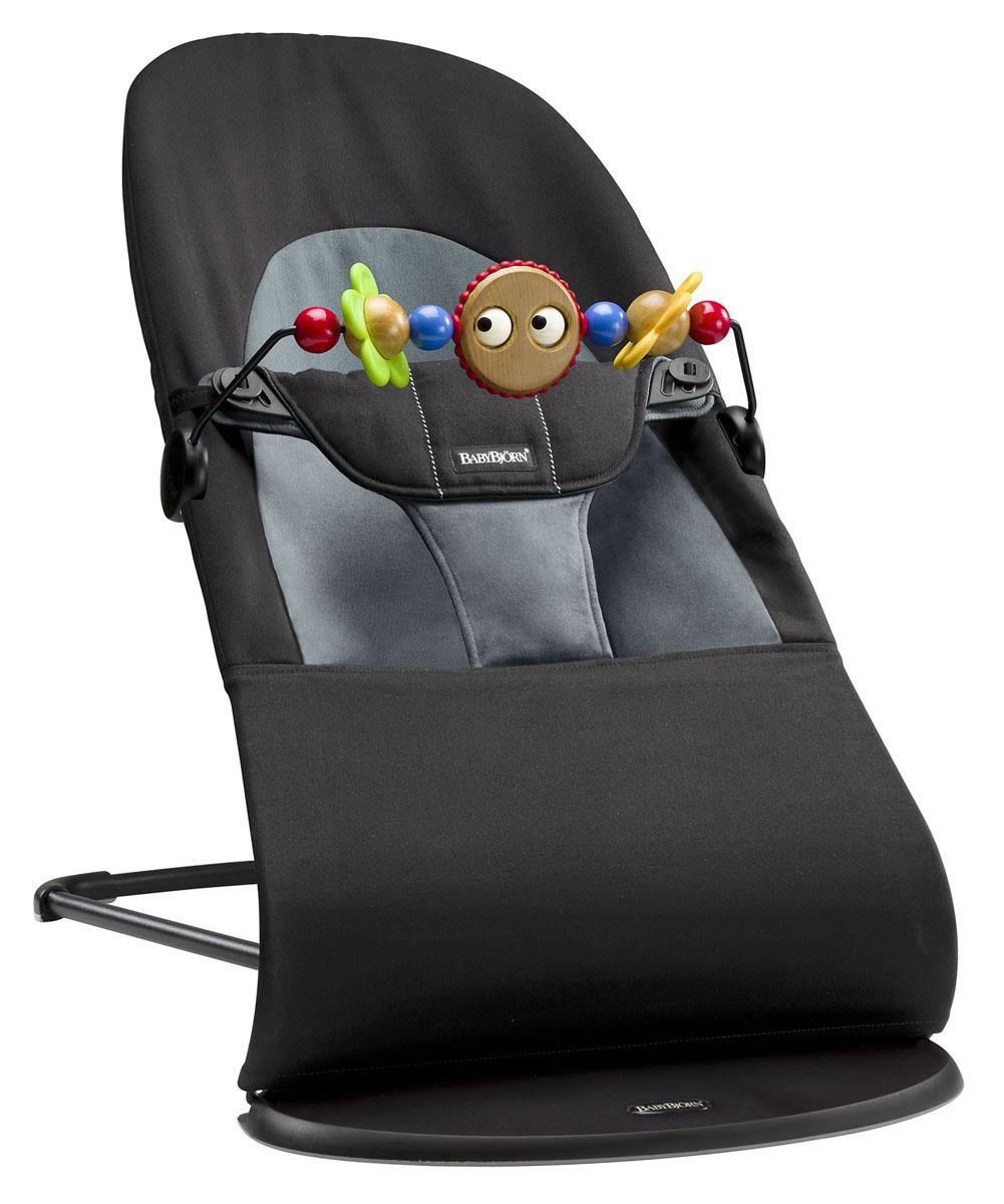 Кресло-шезлонг Babybjorn Balance Soft, с игрушкой, цвет: черный, серый, 3,5-12 кг кресла качалки шезлонги babybjorn кресло шезлонг bliss mesh