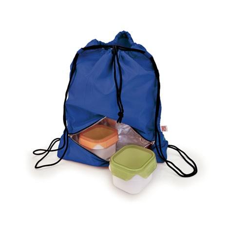 Рюкзак-термоланчбокс Iris Barcelona Daily Bag, цвет: синий9672-TAЭто рюкзак для ежедневного использования, который будет с вами 24 часа в сутки!Берите его с собой всюду, на работу, на учебу, в спортзал и в любые поездки. Верхнее вместительное отделение позволит положить все необходимые вещи, а с помощью удобного шнурка с фиксатором вы быстро затянете горловину рюкзака. В нижней части расположено термоотделение для еды, закрывающееся на молнию. Оно настолько вместительное, что позволяет взять с собой литровую емкость с напитком, несколько бутербродов, баночку йогурта и прочие закуски.Универсальный дизайн позволяет носить тремя способами: как сумку-мешок в руке или на одном плече, а также как обычный рюкзак за плечами.