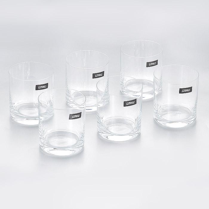 Набор стаканов Esprado Encanto, 280 мл, 6 штEN81C28E351Набор Esprado Encanto состоит из шести низких стаканов.Стаканы изготовлены из хрустального стекла или хрусталина, которое является более экологичной альтернативой знаменитому хрусталю, содержащему опасный для здоровья свинец. Хрустальное стекло имеет яркий блеск хрусталя, отличается высокой прозрачностью и тонкостью и при этом оно абсолютно безопасно и не содержит никаких вредных для человека веществ. Стаканы отличаются особой легкостью и прочностью, излучают приятный блеск и издают мелодичный хрустальный звон. Края стаканов имеют закаленный обод. Стаканы Esprado Encanto станут идеальным украшением праздничного стола и отличным подарком к любому празднику.Стаканы можно мыть в посудомоечной машине в щадящем режиме.В череде будней так ценны редкие минуты отдыха - время, которое можно провести с родными, друзьями, с самим собой: сесть в любимое кресло, укрыться пледом, взять книгу и открыть бутылочку хорошего вина. Очарование обычного вечера подчеркнет элегантная коллекция Encanto. Классические формы бокалов и их сдержанный дизайн позволят сполна насладиться ароматом и вкусом любимых напитков. В коллекции представлен полный комплект барного стекла, необходимого дома, в том числе стаканы и стопки. Характеристики безсвинцового хрусталя - хрусталина, из которого делают бокалы, современная технология литья чаши бокала и ножки, составляющих единое целое - все это обеспечивает долговечность посуды и удовольствие от ее регулярного использования.