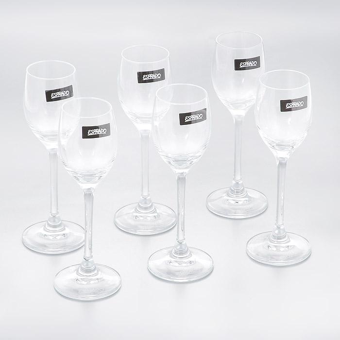 """Набор Esprado """"Fiesta"""" состоит из шести рюмок для крепких напитков.Рюмки изготовлены из хрустального стекла или хрусталина, которое является более экологичной альтернативой знаменитому хрусталю, содержащему опасный для здоровья свинец. Хрустальное стекло имеет яркий блеск хрусталя, отличается высокой прозрачностью и тонкостью и при этом оно абсолютно безопасно и не содержит никаких вредных для человека веществ. Рюмки отличаются особой легкостью и прочностью, излучают приятный блеск и издают мелодичный хрустальный звон. Края рюмок имеют закаленный обод. Тонкие высокие ножки рюмок, создающие ощущение хрупкости и изящества, и европейский дизайн позволят сполна насладиться игрой напитка в бокале, его густотой, цветом и ароматом. Рюмки можно мыть в посудомоечной машине в щадящем режиме.""""Fiesta"""" в переводе c испанского означает """"веселье, праздник"""". Раньше в средневековой Европе в фиесте, народном гулянии, участвовали все жители общины или городского квартала. В отличие от русских гуляний, фиесты очень часто проводились вечером или ночью, когда спадала дневная жара. Сегодня мы также приглашаем своих друзей, накрываем на стол, достаем бокалы…и, как и в былые времена, обычный вечер превращается в праздник.В коллекции """"Fiesta"""" представлены бокалы для самых распространенных напитков любого застолья. Можете быть уверены - хрустальный блеск стекла, большие литражи и высокая ножка этих бокалов преобразят даже самую простую сервировку."""