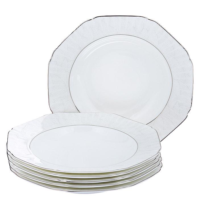 Набор суповых тарелок Esprado Lirio, цвет: белый, 6 штLR30B23E301Набор Esprado Lirio состоит из шести обеденных тарелок, выполненных из костяного фарфора. Основная составляющая костяного фарфора - костная зола и каолин. От содержания костной золы зависит белизна и прозрачность фарфора, который может содержать до 50% костяной золы. Родина костной золы, из которой производится посуда Esprado, - Великобритания, славящаяся сырьем высокого качества. Каолин, белая глина на основе природного минерала, поступает из Новой Зеландии, одного из наиболее экологически чистых регионов мира. Такое сочетание обеспечивает высокое качество материала и безупречный оттенок слоновой кости.Экологическая глазурь из Японии, высоко ценящаяся во всем мире, которой покрывается готовое изделие, позволяет добиться идеально ровного цвета и кристального блеска. В костяном фарфоре отсутствуют примеси кадмия и свинца, а потому он абсолютно нетоксичен и безопасен. Изделия украшены платиновой деколью, что делает посуду Esprado по-настоящему изысканным дополнением вечера. Посуда из фарфора Esprado прочна и устойчива к истиранию: царапины от ножа и сеточки трещин не появятся на ней даже через несколько лет. Оригинальная форма тарелок (Octa) похожа на распустившуюся лилию. Lirio переводится с испанского как лилия - цветок королей. В этой коллекции ощущается доведенное до совершенства внимание к деталям, непринужденно сочетающее изысканные формы в стиле ампир, нежную бледно-розовую эмаль и тонкие платиновые линии. Женственная и нежная, столовая посуда из коллекции Lirio станет изысканным украшением вашего стола.