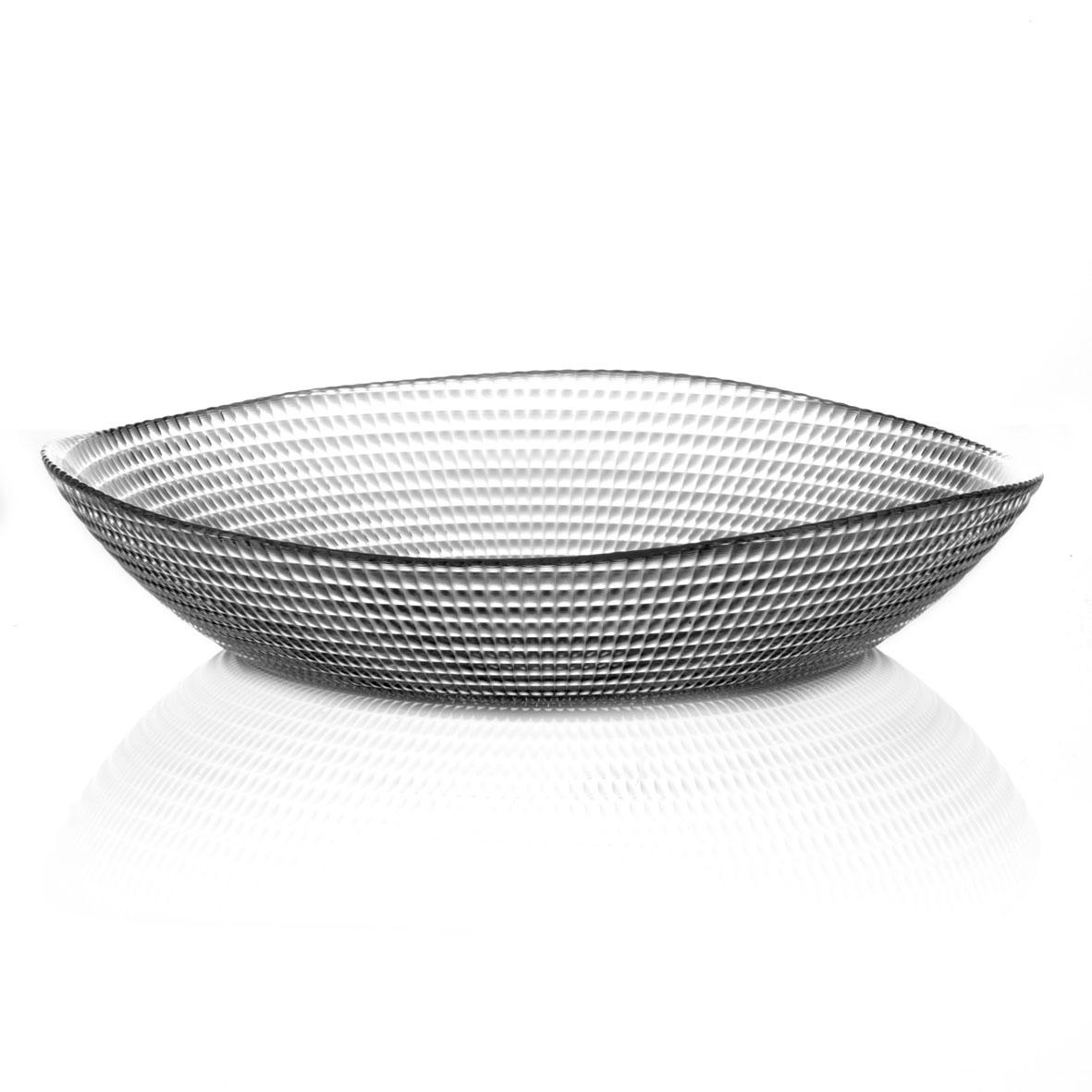 """Салатник Pasabahce """"Paella"""", изготовленный из прочного натрий-силикатного стекла, прекрасно впишется в интерьер вашей кухни и станет достойным дополнением к кухонному инвентарю. Такой салатник не только украсит ваш кухонный стол и подчеркнет прекрасный вкус хозяйки, но и станет отличным подарком.   Размер салатника: 28,6 см х 29 см. Высота стенки салатника: 6 см."""