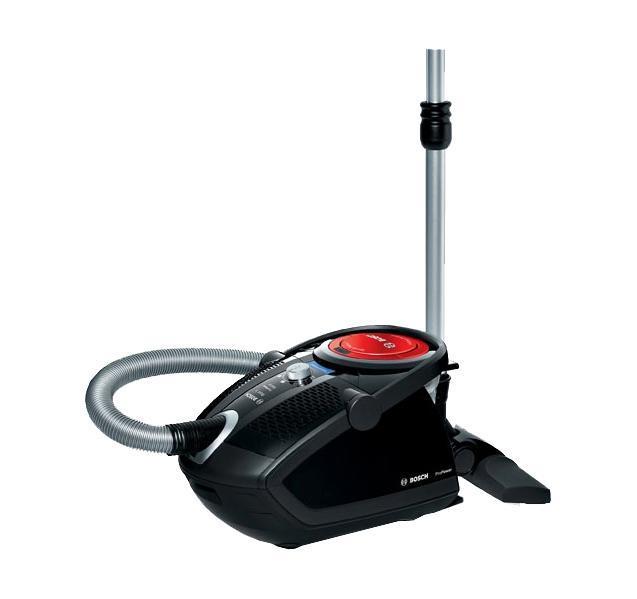 Bosch BGS62530, Black пылесосBGS62530Создать идеальный пылесос, который понравится абсолютно каждому человеку и органично впишется в любой дом, невозможно. Слишком разные у нас потребности и квартиры... Но отчаиваться рано. Bosch представляет вашему вниманию несколько серий пылесосов. Пылесосы Bosch отличаются дизайном, оснащением и размерами. Но существует нечто неизменное, сопутствующее каждому из них, — безупречное качество. Пылесосы Bosch устанавливают новые стандарты гигиены с помощью безупречных систем фильтрации, достигают невиданной мощности в своей работе, дарят вам неповторимое ощущение свободы день за днем долгие годы.Как выбрать пылесос. Статья OZON Гид