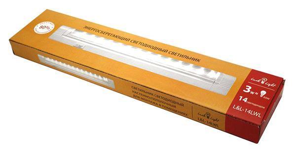 Светильник светодиодный Luck & Light настенно-потолочный, 14 светодиодов, 3W14LWLСветодиодный энергосберегающий светильник Luck & Light, изготовленный из алюминия и пластика, отлично впишется в интерьер Вашего дома. Он прекрасно подойдет для освещения коридоров, лестничных пролетов, кухонь, подсобных помещений, а так же для подсветки полок и внутреннего пространства шкафов (не допускается монтаж светильника около источников теплового излучения, в банях и саунах). Корпус светильника оснащен выключателем. На корпусе располагается вращающаяся панель из пластика, на которой расположено 14 светодиодов. Светильник крепится в удобном для Вас месте при помощи шурупов и дюбелей, которые входят в комплект. Светодиодный энергосберегающий светильник Luck & Light высокоэкономичен, имеет большой срок службы и низкое потребление электроэнергии. В комплект входит: светильник - 1 шт; сетевой кабель с вилкой - 1 шт; соединительный кабель - 1 шт; пластиковый соединитель - 1 шт; набор для крепежа - 1 шт; инструкция по монтажу. Характеристики:Материал: пластик, металл. Размер светильника:30 см х 6 см х 2 см. Количество светодиодов:14 шт. Эквивалентная мощность: 30 Вт . Размер упаковки: 32 см х 10 см х 3 см. Характеристики:Материал: пластик, металл. Размер светильника:30 см х 6 см х 2 см. Количество светодиодов:14 шт. Эквивалентная мощность: 30 Вт . Размер упаковки: 32 см х 10 см х 3 см.