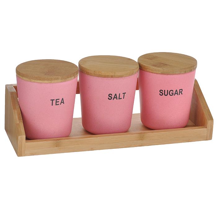 Набор для специй Frybest Bamboo, цвет: розовый, 4 предметаBM-05-2Набор для специй Frybest Bamboo включает три круглые банки для сыпучих продуктов и деревянную подставку. Изделия выполнены из бамбукового волокна - экологически чистого материала, который не содержит примесей и токсинов, что важно для здоровья человека. Кроме того, это биоразлагаемый материал, который не вредит окружающей среде. Набор контейнеров на подставке - это оптимальный и компактный вариант для хранения сахара, кофе и чая. Каждый контейнер имеет надпись, по которой можно догадаться, что хранится внутри. Изделия оснащены плотно закрывающимися деревянными крышками с силиконовой прослойкой, что обеспечивает герметичность и дольше сохраняет продукты свежими. Контейнеры размещаются на удобной деревянной подставке.Натуральная посуда из бамбукового волокна поможет собрать за одним столом большую компанию. А яркие и красочные цвета станут отличным украшением к детскому празднику! Можно использовать при температуре от -20°С до +70°С. Максимальное использование при температуре +70°С не более двух часов. Не использовать в микроволновой печи.