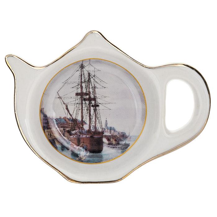 Подставка для чайного пакетика Besko Корабль, 9,5 х 7 см515-498Подставка для чайного пакетика Besko «Корабль» изготовлена из фарфора, порадует вас оригинальностью и дизайном. Подставка выполнена в форме чайничка и декорирована золотистой эмалью и изображением корабля. Такая подставка, несомненно, понравится любой хозяйке, а кухонный стол всегда будет чистым, без нежелательных разводов от чайных пакетиков.