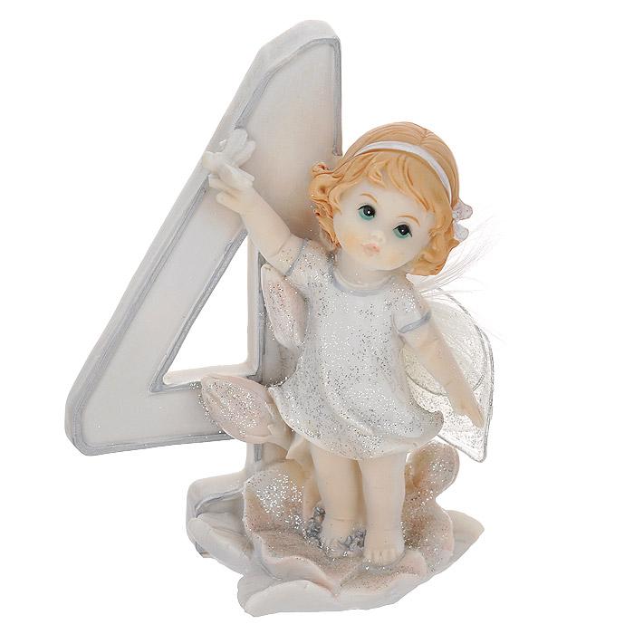 Статуэтка Molento Именинный ангелочек. 4 года514-957Статуэтка Molento Именинный ангелочек. 4 года, выполненная из полистоуна, станет отличным подарком для вашего малыша! Все мы знаем, как порой непросто бывает выбрать подходящий подарок к тому или иному торжеству, а декоративные статуэтки Molento всегда были и останутся оригинальным подарком. Этот вид сувенира нельзя назвать бесполезной вещью. Статуэтка может стать великолепным украшением интерьера. Статуэтка является подарком на все времена, подобная вещь никогда не выйдет из моды.Спустя годы она будет только радовать владельца своими изящными формами и плавными линиями.
