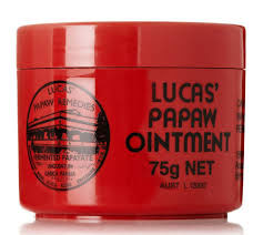 Lucas Papaw Бальзам для губ Ointment, 75 г3Бальзам Lucas Papaw Ointment является одним из лучших средств для лечения и ухода за кожей. Это настоящий специалист по уходу за губами. Тающая, гладкая текстура бальзама хорошо впитывается в кожу и интенсивно ее питает, регенерирует, увлажняет и при этом не создает ощущение липкости на губах. Lucas Papaw Ointment включает в себя антисептические и антибактериальные свойства и может использоваться, так же:- для потрескавшихся губ, при трещинах и сухости губ, - при солнечных ожогах,- при покраснениях и детской опрелости, - при укусах насекомых, - при порезах и ссадинах … и прочих мелких кожных проблемах.Способ применения: равномерно нанесите бальзам на губы. При необходимости повторите.Товар сертифицирован.