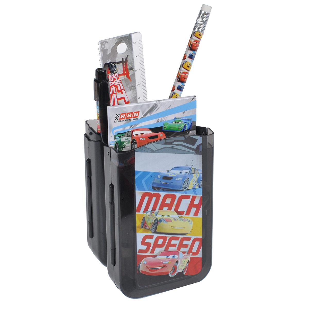 Канцелярский набор Cars, 7 предметов. CRAB-US1-75409-HFS-00103Канцелярский набор Cars станет незаменимым атрибутом в учебе любого школьника.Он включает в себя пластиковый пенал, чернографитный карандаш с ластиком, автоматическую ручку, ластик, точилку, пластиковую линейку 15 см и небольшой блокнотик. Пенал снабжен поднимающейся подставкой для пишущих принадлежностей. Он раскрывается в центре, секции разворачиваются, и пенал можно использовать в качестве стакана для канцелярских принадлежностей.Ручка снабжена прорезиненной вставкой в области захвата, подача стержня производится путем нажатия на кнопку в верхней части ручки.Блокнотик дополнен картонной обложкой, внутренний блок содержит листы с печатью.Все предметы набора оформлены изображениями персонажей популярного мультфильма Тачки (Cars).