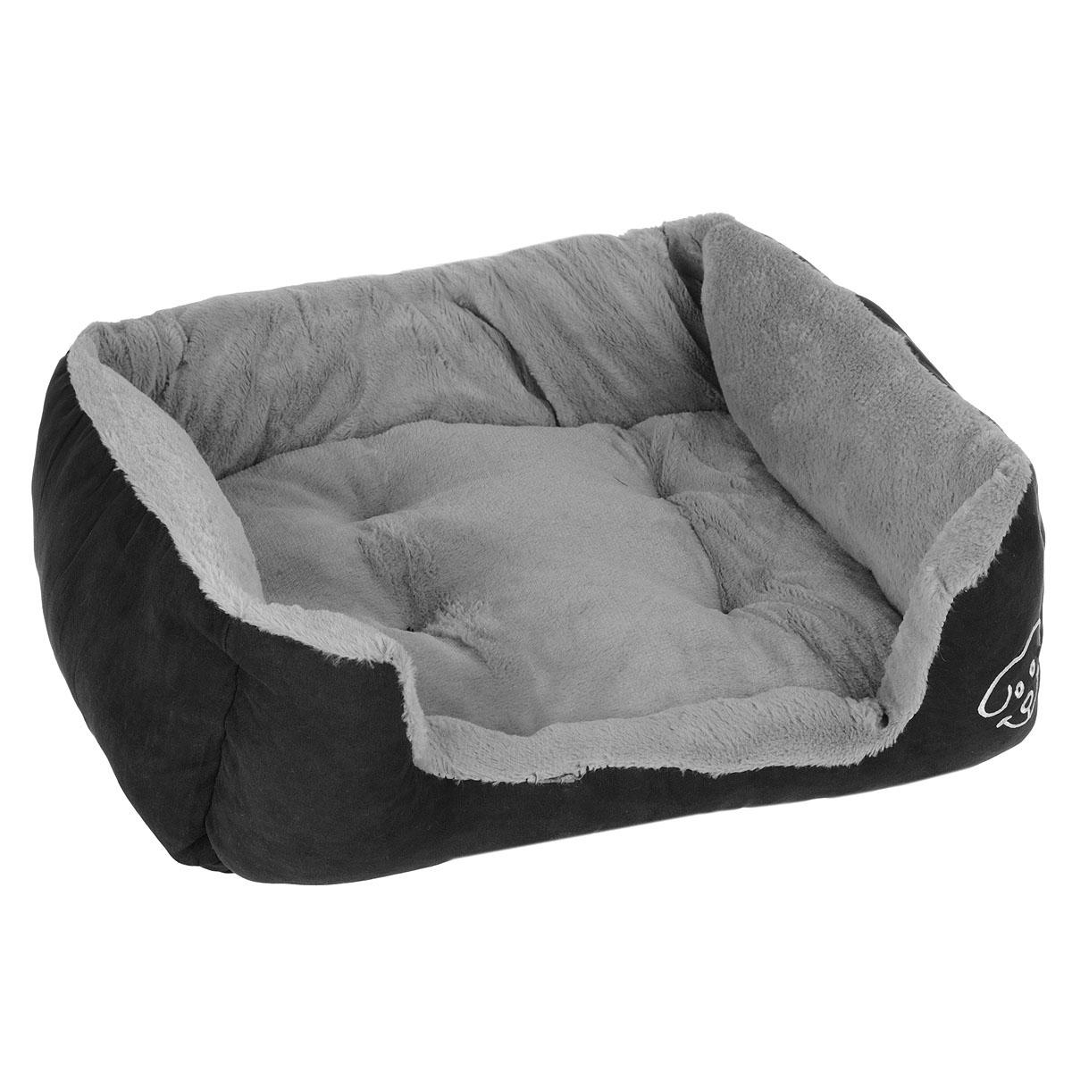 Лежак для собак I.P.T.S. Doomba, 55 см х 50 см х 20 см25964Лежак I.P.T.S. Doomba станет излюбленным местом отдыха вашего четвероногого друга. Даже самому своенравному питомцу понравится этот уютный мягкий уголок для сна. Лежак имеет форму диванчика с мягкими бортиками и выполнен в приятных черно-серых оттенках. Сочетание этих нейтральных цветов впишется в интерьер, и изделие будет одинаково хорошо смотреться как в гостиной, так и в другой комнате.Товар сертифицирован.