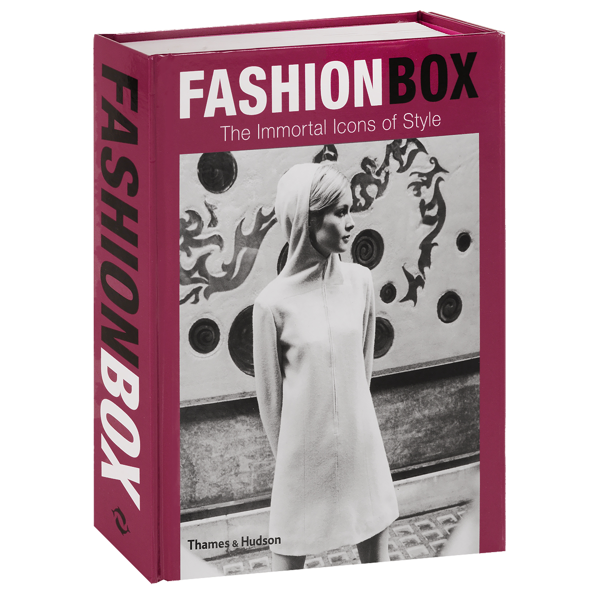 Fashion Box: The Immortal Icons of Style paris in fifty design icons