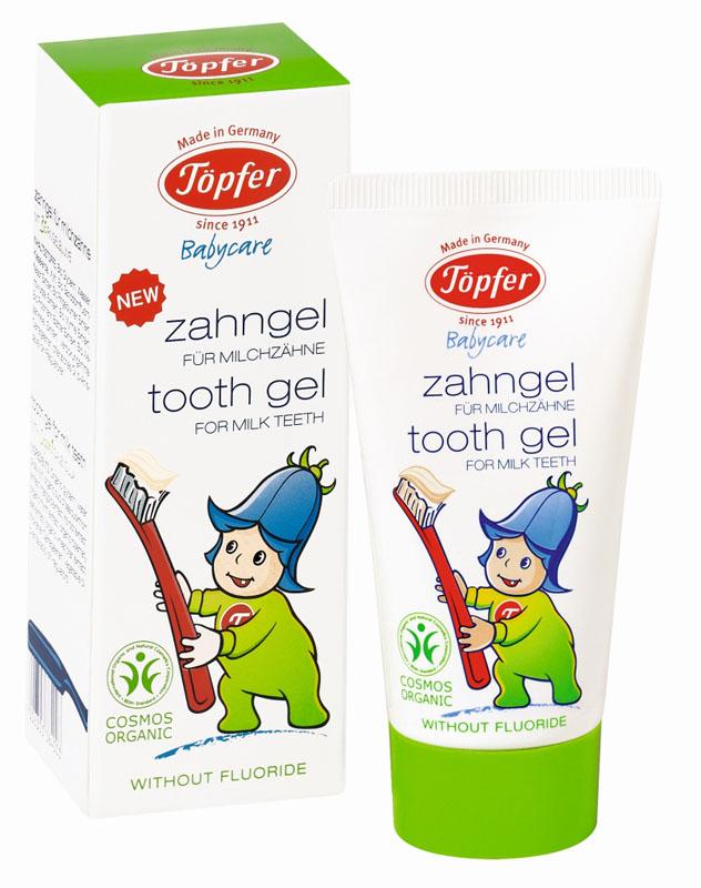 Topfer Детская зубная паста Babycare, для молочных зубов, с экстрактом органической календулы, 50 мл60384Детская зубная паста Topfer Babycare с экстрактом органической календулы рекомендуется для регулярного гигиенического очищения молочных зубов с момента их прорезывания и до 7 лет.Паста имеет приятный нейтральный вкус, гелевую консистенцию и безопасна при проглатывании, так как не содержит фтора и нет риска передозировки. Гомеопатически совместима: не содержит ментола, тензидов и ГМО.Товар сертифицирован.