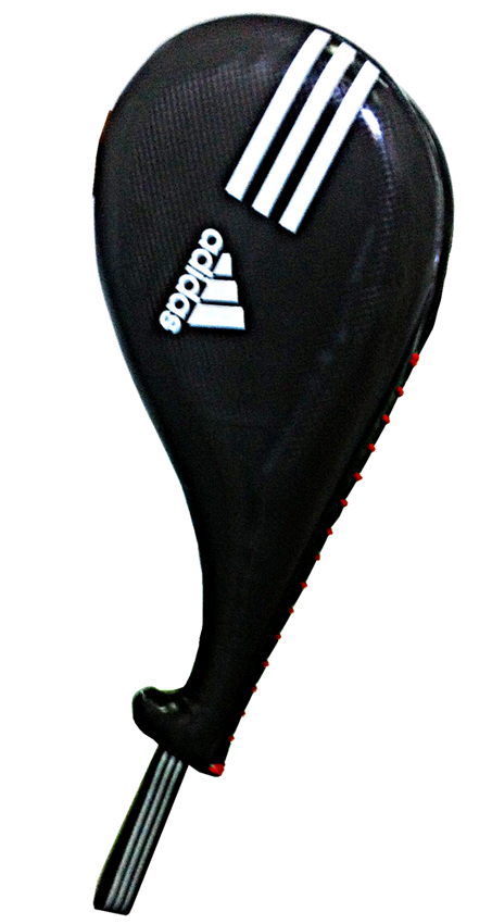 Ракетка для тхэквондо двойная Adidas Double Target Mitt, цвет: черный. Размер SadiTDT01Двойная ракетка Adidas Double Target Mitt предназначена для тренировочных занятий по тхэквондо и другим единоборствам. Выполнена из полиуретана. Удобная рукоятка упрощает работу с ракеткой. Оснащена ремешком.