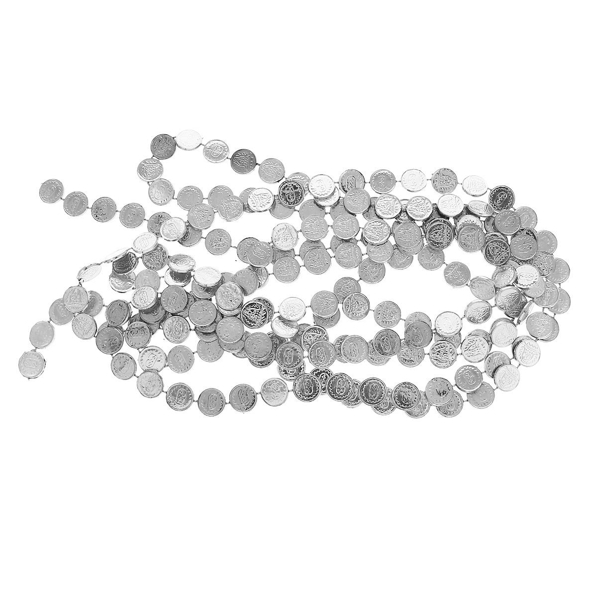 Новогодняя гирлянда Монеты, цвет: серебристый, 270 см34465Новогодняя гирлянда прекрасно подойдет для декора дома или офиса. Украшение выполнено из разноцветной металлизированной фольги. С помощью специальных петелек гирлянду можно повесить в любом понравившемся вам месте. Украшение легко складывается и раскладывается. Новогодние украшения несут в себе волшебство и красоту праздника. Они помогут вам украсить дом к предстоящим праздникам и оживить интерьер по вашему вкусу. Создайте в доме атмосферу тепла, веселья и радости, украшая его всей семьей.