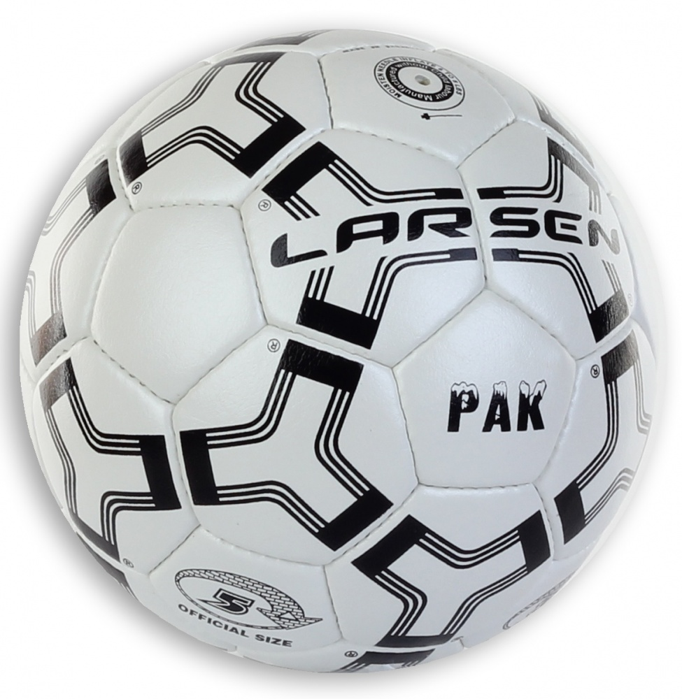 Мяч футбольный Larsen Pak, цвет: белый, черный. Размер 51330Футбольный мяч Larsen Pak подойдет для игры на всех покрытиях. Он выполнен из синтетической кожи и полиуретана. Глянцевая поверхность. Имеет 4 слоя подкладочного материала - 3 слоя поликоттон и 1 хлопок. Ручная сшивка. 32 панели. Камера выполнена из латекса, с бутиловым ниппелем.Окружность: 68-69 см.