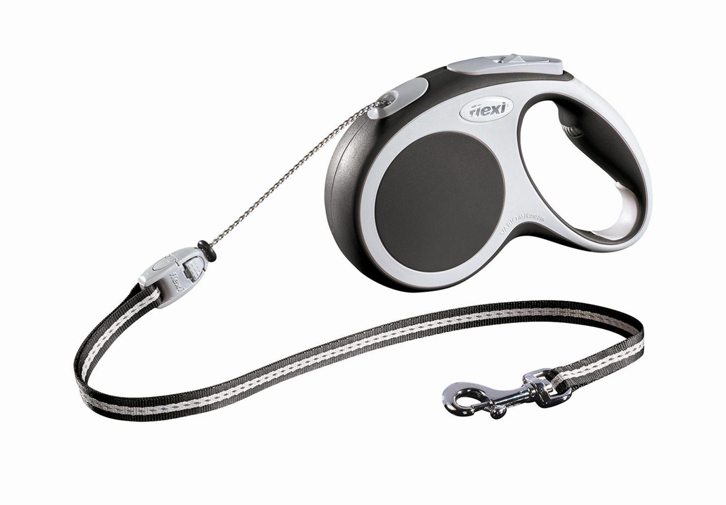 Поводок-рулетка Flexi Vario Basic М для собак до 20 кг, цвет: серый, 5 м46949Поводок-рулетка Flexi Vario Basic М изготовлен из пластика и нейлона. Тросовыйповодок обеспечивает каждой собаке свободу движения, что идет на пользуздоровью и радует вашего четвероногого друга. Рулетка очень проста виспользовании, оснащенакнопками кратковременной и постоянной фиксации. Ее можно оснастить -мультибоксом для лакомств или пакетиков для сбора фекалий, LED подсветкойкорпуса, своркой или ремнем с LED подсветкой. Поводок имеет прочный корпус,хромированную застежку и светоотражающие элементы. Длина поводка: 5 м.Максимальная нагрузка: 20 кг.Товар сертифицирован.