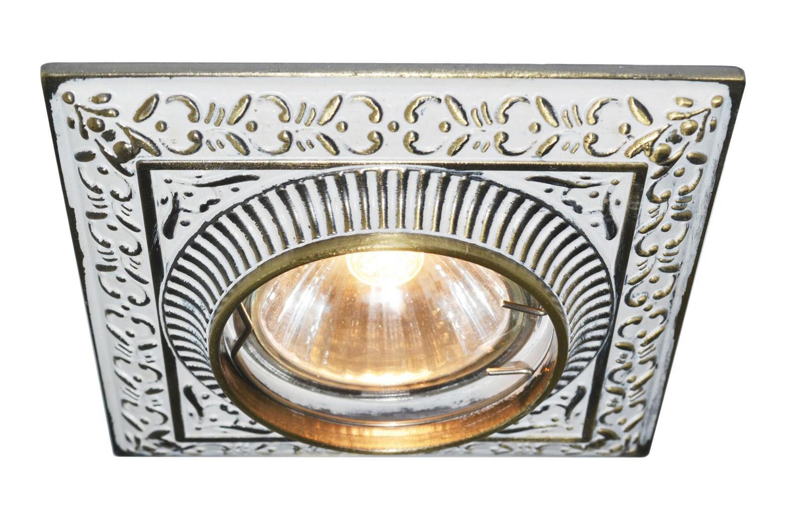 A5284PL-1WG OCCHIO Встраиваемый светильникA5284PL-1WG1x50W; патроны GU10 и G5,3 в комплекте Материал: Арматура: Металл, литье Размер: 100x100x45 Цвет: Бело-золотой
