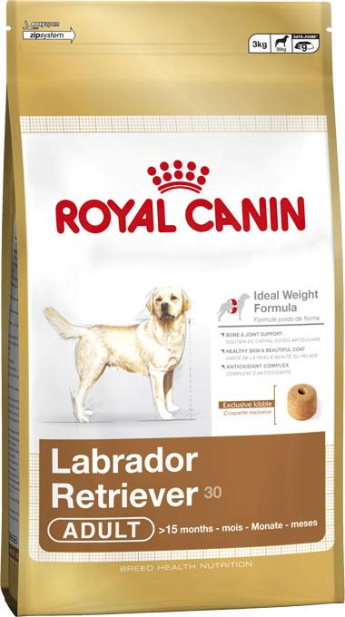 Корм сухой Royal Canin Labrador Retriever Adult, для собак породы Лабрадор ретривер старше 15 месяцев, 12 кг148120-348120Сухой корм Royal Canin Labrador Retriever Adult - полнорационный сбалансированный корм для собакпороды Лабрадор ретривер старше 15 месяцев.Особенности породы: Природная предрасположенность к избыточному весу. Лабрадор можетпроявлять большую жадность при неограниченном доступе к корму. Умалоподвижных и стерилизованных собак риск избыточного веса возрастает.Чтобы избежать этой опасности, необходимо контролировать ежедневноепотребление калорий собакой. Идеальный защитный покров. Густая короткая шерсть с плотным подшерсткомобладает водоотталкивающим свойством и защищает кожу лабрадора отповреждений, холода и влаги. Необходимость в поддержке суставов. Лабрадор ретривер - заядлыйспортсмен. Он просто обожает физические упражнения. Но из-за плотноготелосложения и природной склонности к избыточному весу нагрузка на суставыможет оказаться слишком большой. Особенности корма: Формула идеального веса. Корм помогает поддерживать идеальный весвзрослых собак породы лабрадор и ретривер благодаря оптимальноподобранному содержанию калорий без снижения вкусовойпривлекательности. Особая форма крокетов способствует снижению скоростипоглощения корма. Поддержка костей и суставов. Корм помогает поддерживать здоровье костейи суставов лабрадора, которые могут испытывать перегрузки при избыточномвесе. Здоровая кожа и красивая шерсть. Содержание жирных кислот оптимально длясохранения здоровой кожи и блестящей шерсти лабрадора. Корм помогаетподдерживать защитную функцию кожи (запатентованный комплекс веществ).Комплекс антиоксидантов. Запатентованный комплекс антиоксидантовпредотвращает преждевременное старение клеток в организме лабрадора.Состав: дегидратированное мясо птицы, кукуруза, рис, кукурузный глютен,животные жиры, гидролизат белков животного происхождения, изолятрастительных белков, растительная клетчатка, свекольный жом, дрожжи,минеральные вещества, рыбий жир, соевое