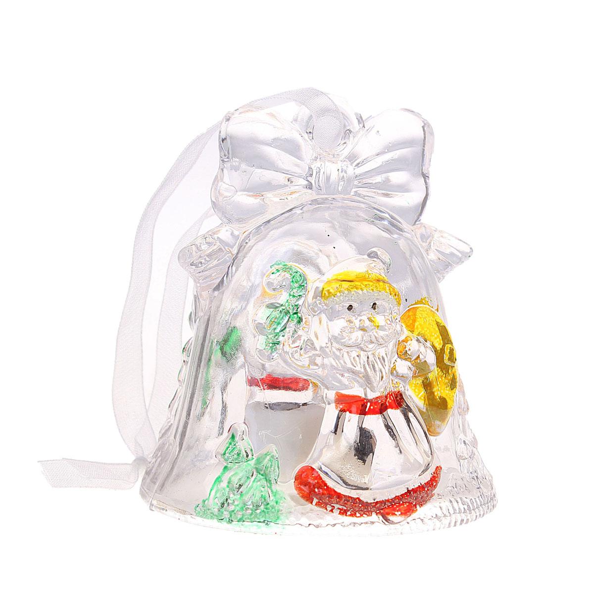 Новогоднее подвесное украшение Sima-land Колокольчик и Дед Мороз, с подсветкой602894Новогоднее украшение Колокольчик и Дед Мороз отлично подойдет для декорации вашего дома и новогодней ели. Игрушка выполнена из пластика в виде колокольчика и декорирована рельефом в форме Деда Мороза. Особенностью данного украшения является наличие светодиодного устройства, благодаря которому украшение светится. Всего 3 режима свечения различными цветами. Украшение оснащено специальной текстильной петелькой для подвешивания.Елочная игрушка - символ Нового года. Она несет в себе волшебство и красоту праздника. Создайте в своем доме атмосферу веселья и радости, украшая всей семьей новогоднюю елку нарядными игрушками, которые будут из года в год накапливать теплоту воспоминаний. УВАЖАЕМЫЕ КЛИЕНТЫ!Обращаем ваше внимание на тот факт, что батарейки входят в комплект. Материал: пластик. Диаметр украшения: 7 см.Высота украшения: 7,5 см.