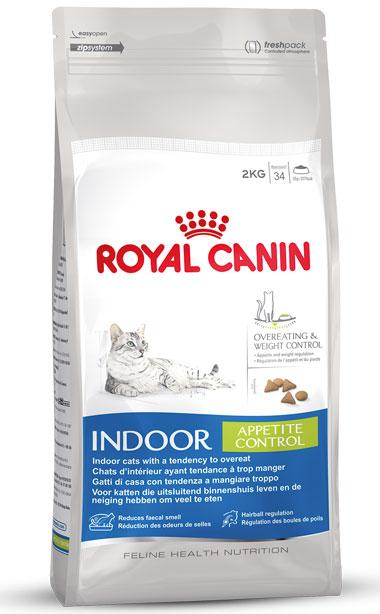 Корм сухой Royal Canin Indoor Appetite Control, для взрослых кошек, живущих в помещении и склонных к перееданию, 400 г корм сухой royal canin exigent 35 30 savoir sensation для кошек привередливых к вкусу продукта 400 г