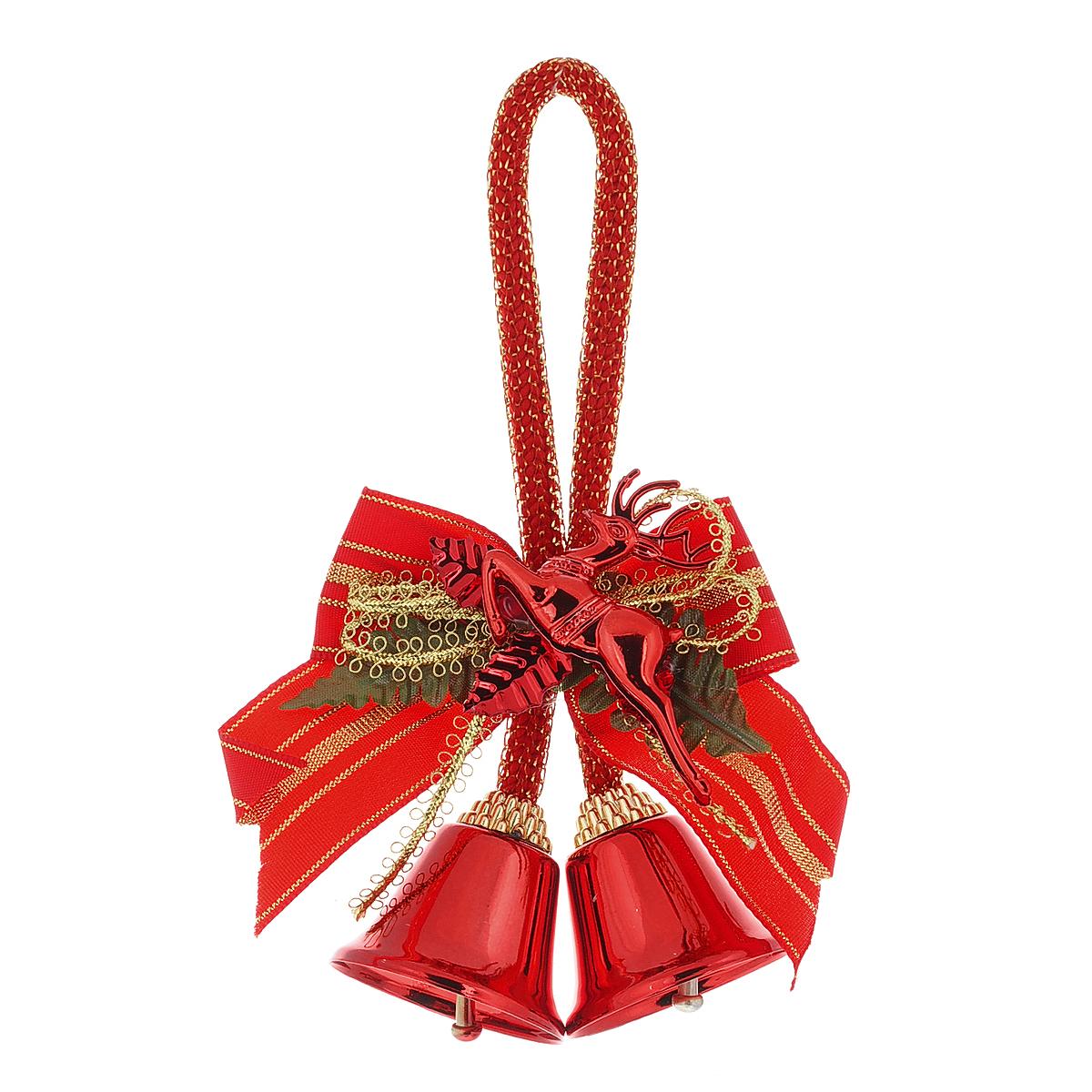 Новогоднее подвесное украшение Колокольчики 2, цвет: красный, золотистый, 9 х 13 х 3 см30649Оригинальное новогоднее украшение Колокольчики 2 прекрасно подойдет для праздничного декора новогодней ели. Украшение выполнено в виде текстильного банта с колокольчиками и с декоративным элементом в форме оленя. С помощью специальной петельки игрушку можно повесить на елку, где она будет красиво смотреться и радовать глаз. Коллекция декоративных украшений из серии Magic Time принесет в ваш дом ни с чем несравнимое ощущение волшебства!