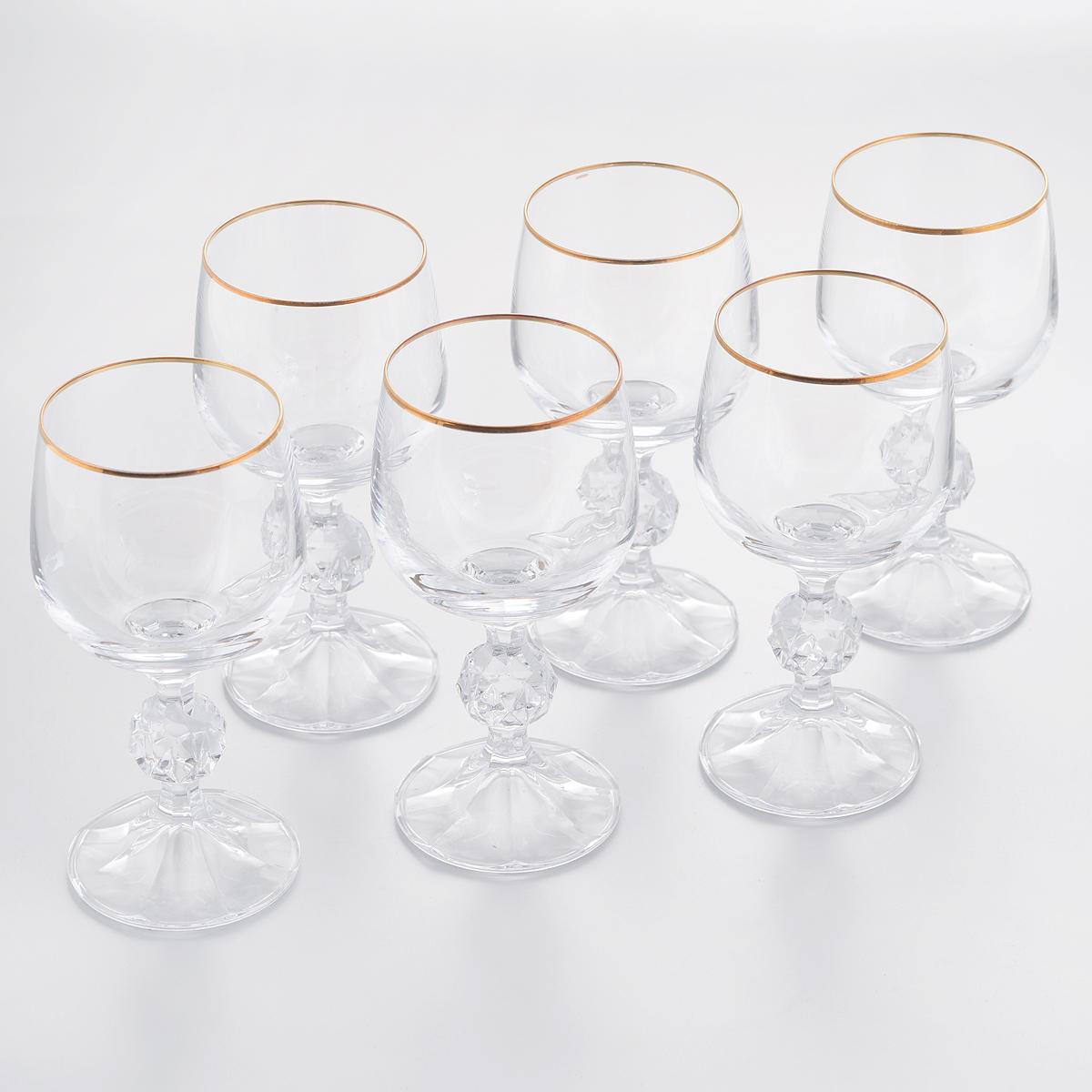 Набор бокалов для белого вина Crystalite Bohemia Klaudie, 150 мл, 6 шт40149/150/20733SНабор Crystalite Bohemia Klaudie состоит из шести бокалов, выполненных из прочного выдувного стекла. Изделия имеют низкие граненые ножки, верхняя кромка украшена золотой эмалью. Бокалы излучают приятный блеск и издают мелодичный звон. Предназначены для белого вина. Набор бокалов Crystalite Bohemia Klaudie прекрасно оформит праздничный стол и создаст приятную атмосферу за романтическим ужином. Такой набор также станет хорошим подарком к любому случаю. Не использовать в посудомоечной машине и микроволновой печи.