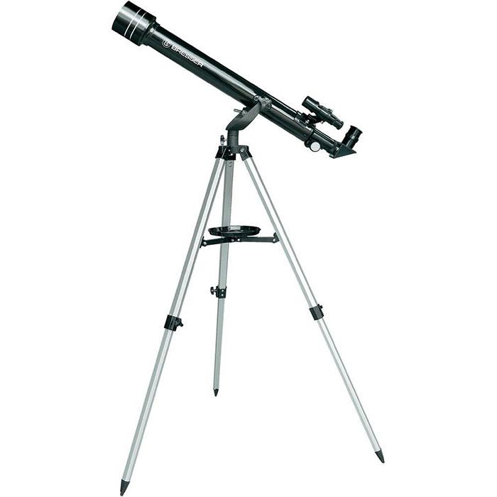 Bresser Arcturus 60х700 телескоп17803Телескоп Bresser Arcturus 60х700 создавался специально для детей и подростков. Он очень прост в обращении,не требует сложных настроек. При этом, его оптика выполнена из высококачественного стекла с просветляющимпокрытием. 60-мм объектив позволяет детально рассмотреть поверхность Луны. А благодаря входящему вкомплект окуляру 4мм вы сможете увидеть Юпитер и рассмотреть кольца Сатурна. Телескоп поставляется впрочном кейсе. Его можно переносить одной рукой и перевозить даже в общественном транспорте. Такимобразом, вы сможете брать телескоп с собой в парк или за город.Фокусер имеет диаметр 1.25, что позволяет использовать дополнительные окуляры и аксессуары любыхпроизводителей и значительно расширить возможности телескопа. Благодаря идущему в комплектедиагональному зеркалу, в телескоп можно рассматривать и наземные объекты, как в подзорную трубу. В комплект с телескопом входит компас и карта звездного неба, которые отлично дополняют этотзамечательныйнабор.Светосила: f/11,7 Посадочный диаметр для окуляров: 1,25 Искатель: 5x24