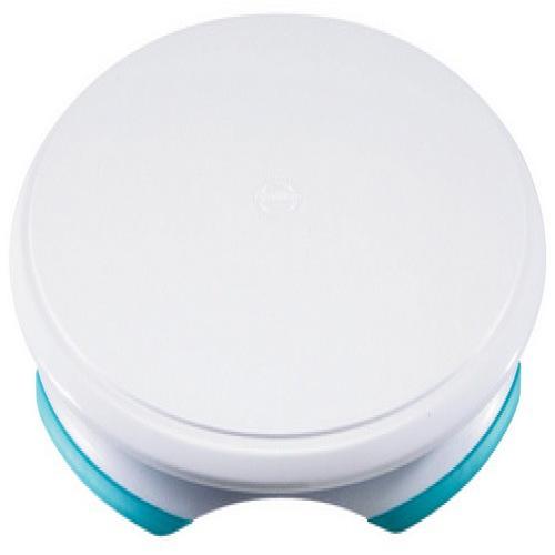 Подставка для торта Wilton, вращающаяся, диаметр 30,4 смWLT-307-303Вращающаяся подставка для торта Wilton, изготовленная из высококачественного пластика,отлично подходит для декорирования исервировки выпечки. Мягкое вращение происходит за счет спрятанных в основании шариков. Дляудобного захвата и переноса у основания предусмотрены специальные выемки. Платформа легкоснимается с основания для чистки и мытья.Диаметр подставки: 30,4 см. Высота подставки: 3 см.