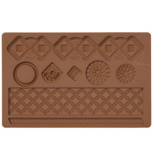 Молд для нанесения рисунка на мастику Wilton Макраме, цвет: коричневый, 20 см х 12,5 см wilton 12 silicone lips petite treat mold