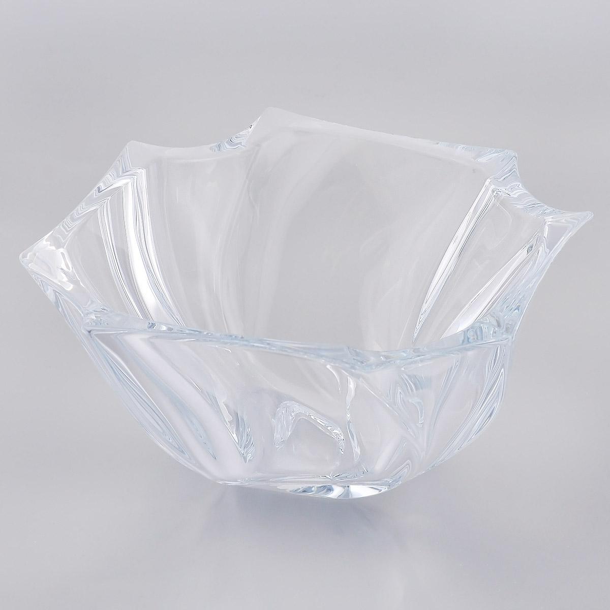 Ваза для фруктов Crystalite Bohemia Нептун, 25,5 см х 26 см х 12,5 см6KD68/0/99S39/255Ваза для фруктов Crystalite Bohemia Нептун изготовлена из прочного утолщенного стекла кристалайт. Ваза имеет оригинальную рельефную форму, что делает ее изящным украшением праздничного стола. Она красиво переливается и излучает приятный блеск. Изделие прекрасно подходит для сервировки фруктов, конфет, пирожных и т.д.Ваза для фруктов Crystalite Bohemia Нептун - это изысканное украшение праздничного стола, интерьера кухни или комнаты. Такая ваза станет желанным и стильным подарком. Можно использовать в посудомоечной машине и микроволновой печи.