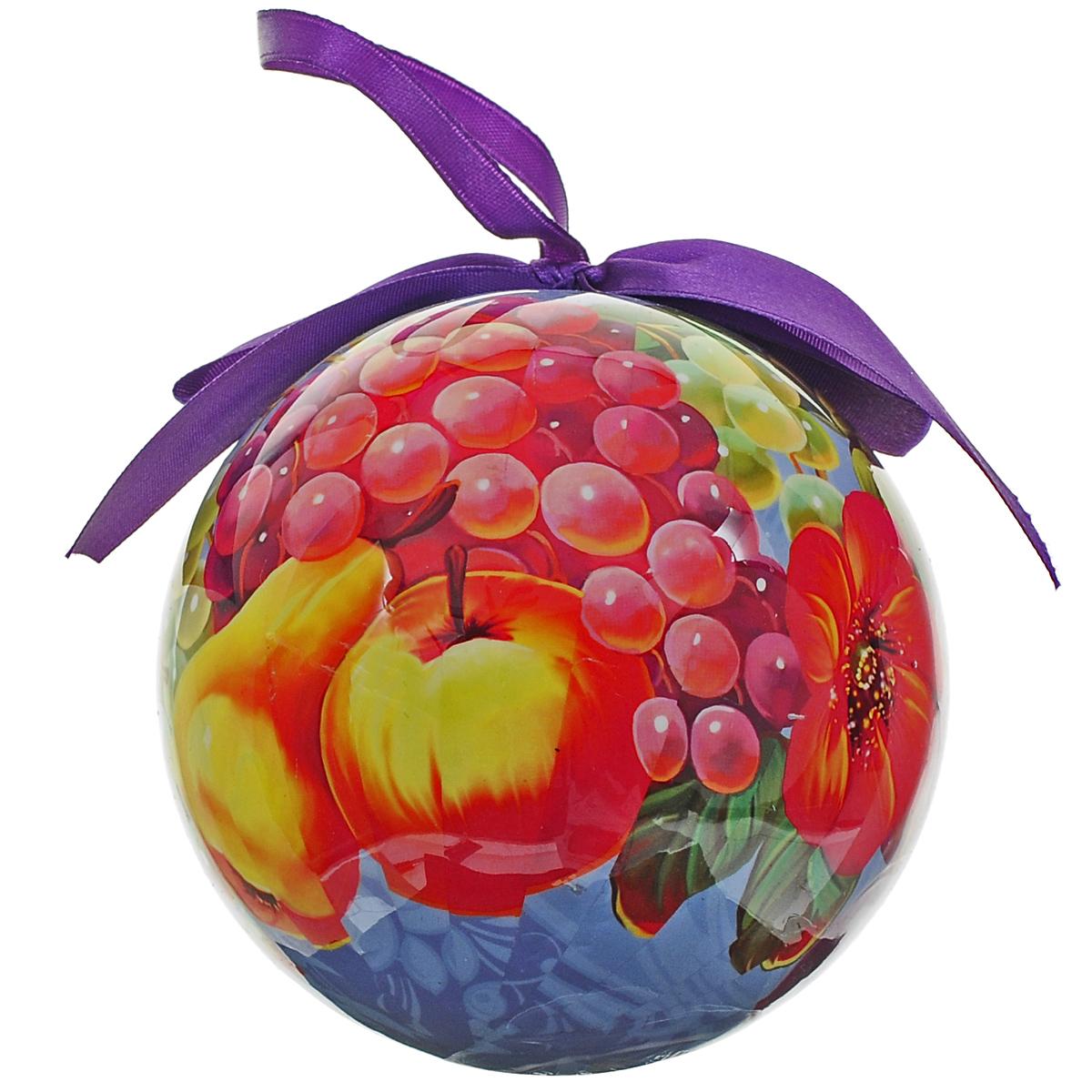 Новогоднее подвесное украшение Незабудка Шар. Народные промыслы. 020345020345Новогоднее подвесное украшение Шар. Народные промыслы выполнено из высококачественного пластика и декорировано текстильным бантом и изображением цветов и фруктов. С помощью специальной петельки украшение можно повесить в любом понравившемся вам месте. Но, конечно, удачнее всего такой шар будет смотреться на праздничной елке.Елочная игрушка - символ Нового года. Она несет в себе волшебство и красоту праздника. Создайте в своем доме атмосферу веселья и радости, украшая новогоднюю елку нарядными игрушками, которые будут из года в год накапливать теплоту воспоминаний.
