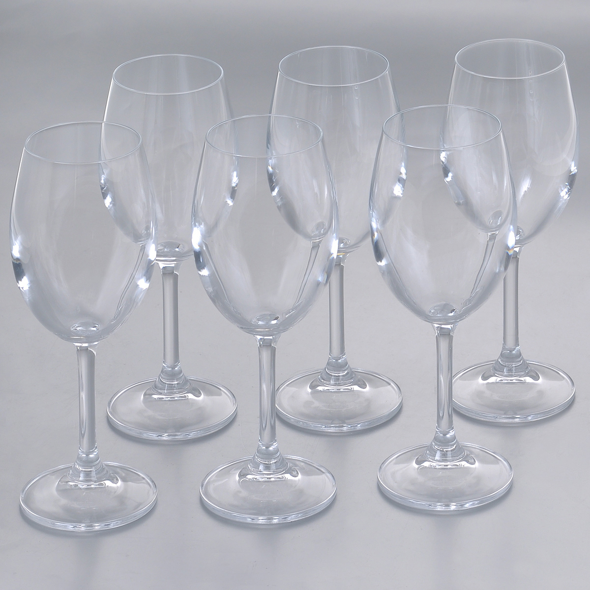 Набор бокалов для белого вина Crystalite Bohemia Барбара, 300 мл, 6 шт1SD22/300Набор Crystalite Bohemia Барбара состоит из шести бокалов, выполненных из прочного высококачественного прозрачного стекла. Изделия оснащены изящными высокими ножками. Бокалы предназначены для подачи белого вина. Они излучают приятный блеск и издают мелодичный звон. Бокалы сочетают в себе элегантный дизайн и функциональность. Благодаря такому набору пить напитки будет еще вкуснее.Набор бокалов Crystalite Bohemia Барбара прекрасно оформит праздничный стол и создаст приятную атмосферу за романтическим ужином. Такой набор также станет хорошим подарком к любому случаю. Не использовать в посудомоечной машине и микроволновой печи.