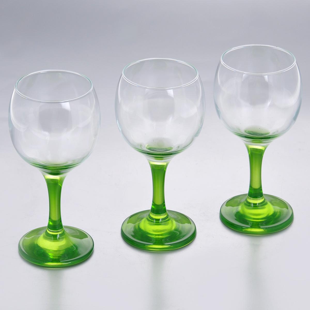 Набор фужеров Glass4you, цвет: зеленый, 220 мл, 3 шт44412GR/Набор Glass4you состоит из трех фужеров, выполненных из прочного натрий-кальций-силикатного стекла. Изделия имеют тонкие высокие цветные ножки. Фужеры излучают приятный блеск и издают мелодичный звон. Предназначены для подачи вина. Набор фужеров Glass4you прекрасно оформит праздничный стол и станет хорошим подарком к любому случаю. Можно мыть в посудомоечной машине.Диаметр фужера (по верхнему краю): 6,6 см. Высота фужера: 14,5 см. Диаметр основания: 6,4 см.