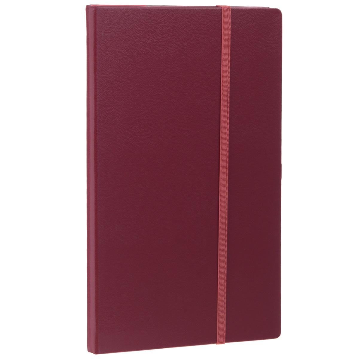 Записная книжка Erich Krause Ariane, цвет: бордовый, 96 листов36754Записная книжка Erich Krause Ariane - это дополнительный штрих к вашему имиджу. Демократичная в своем содержании, книжка может быть использована не только для личных пометок и записей, но и как недатированный ежедневник. Надежная твердая обложка из плотного картона, обтянутого искусственной кожей, сохранит ее в аккуратном состоянии на протяжении всего времени использования. Плотная в линейку бумага белого цвета, закладка-ляссе, практичные скругленные углы, эластичная петелька для ручки и внутренний бумажный карман на задней обложке - все это обеспечит вам истинное удовольствие от письма. В начале книжки имеется страничка для заполнения личных данных владельца, четыре страницы для заполнения адресов, телефонов и интернет-почты и четыре страницы для заполнения сайтов и ссылок. Благодаря небольшому формату книжку легко взять с собой. Записная книжка плотно закрывается при помощи фиксирующей резинки.