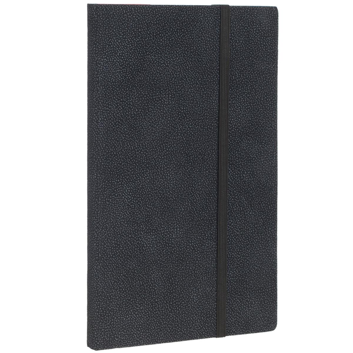 Записная книжка Erich Krause Tann, цвет: черный, 96 листов36781Записная книжка Erich Krause Tann - это дополнительный штрих к вашему имиджу. Демократичная в своем содержании, книжка может быть использована не только для личных пометок и записей, но и как недатированный ежедневник. Надежная твердая обложка из плотного картона, обтянутого приятным на ощупь текстильным материалом, сохранит ее в аккуратном состоянии на протяжении всего времени использования. Плотная в линейку бумага белого цвета, закладка-ляссе, практичные скругленные углы, эластичная петелька для ручки и внутренний бумажный карман на задней обложке - все это обеспечит вам истинное удовольствие от письма. В начале книжки имеется страничка для заполнения личных данных владельца, четыре страницы для заполнения адресов, телефонов и интернет-почты и четыре страницы для заполнения сайтов и ссылок. Благодаря небольшому формату книжку легко взять с собой. Записная книжка плотно закрывается при помощи фиксирующей резинки.