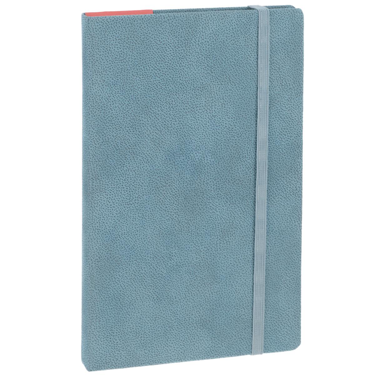 Записная книжка Erich Krause Tann, цвет: серо-голубой, 96 листов36782Записная книжка Erich Krause Tann - это дополнительный штрих к вашему имиджу. Демократичная в своем содержании, книжка может быть использована не только для личных пометок и записей, но и как недатированный ежедневник. Надежная твердая обложка из плотного картона, обтянутого приятным на ощупь текстильным материалом, сохранит ее в аккуратном состоянии на протяжении всего времени использования. Плотная в линейку бумага белого цвета, закладка-ляссе, практичные скругленные углы, эластичная петелька для ручки и внутренний бумажный карман на задней обложке - все это обеспечит вам истинное удовольствие от письма. В начале книжки имеется страничка для заполнения личных данных владельца, четыре страницы для заполнения адресов, телефонов и интернет-почты и четыре страницы для заполнения сайтов и ссылок. Благодаря небольшому формату книжку легко взять с собой. Записная книжка плотно закрывается при помощи фиксирующей резинки.