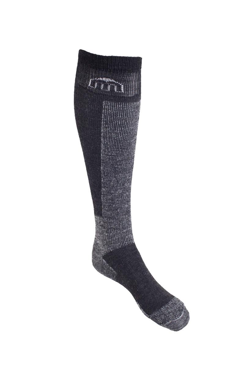 Носки горнолыжные Mico Ski, цвет: серый. 0250. Размер S (35/37)0250_022- Многолетний хит продаж. Носок имеет двойную структуру: - внутренний слой состоит из волокон Микотекс и наружный из высококачественной шерсти. - Волокна микотекс это 100% полипропиленовые материал очень мягкий и слегка пушистый. - Прекрасно впитывает влагу, быстро отводит ее от ноги и моментально сохнет.- Высококачественная шерсть гарантирует защиту от холода. - Волокна полиамида и акрила дают добавляют носку прочности и эластичности.- Дополнительная защита голени, пятки и носка. Дополнительные вставки в области стопы и голеностопа.- Мягкая резинка по верху носка не сжимает ногу и не дает ощущения сдавливанияпри длительном использовании.- Специальное плетение в области стопы фиксирует ногу при занятиях спортом и ходьбе и не дает скользить стопе вперед.Итальянская компания MICO один из ведущих производителей носков и термобелья на Европейском рынке для занятий различными видами спорта. Носки предназначены для для занятий различными видами спорта, в том числе для носки в городе в очень холодную погоду.