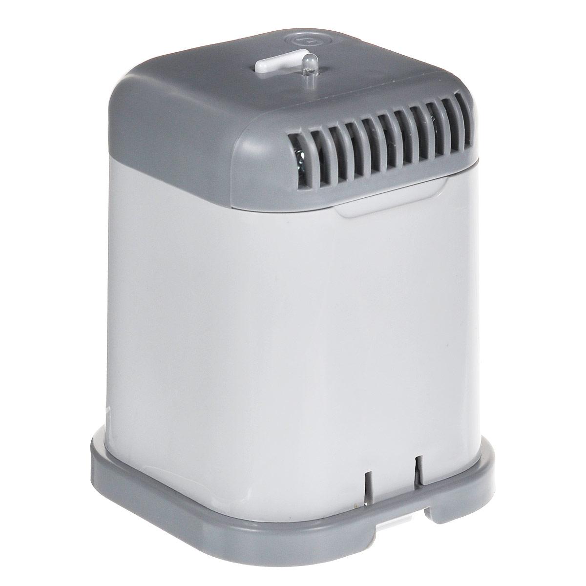 Супер Плюс для холодильника очиститель-ионизатор воздуха2024Озонатор устраняет неприятные запахи в холодильнике, дезинфицирует его стенки, продукты, замедляет процессы гниения, разложения, тем самым позволяя Вам дольше хранить продукты. Подходит для всех типов холодильных камер.Озонатор может также использоваться в шкафах и кладовках для подавления жизнедеятельности плесневых грибов, пылевых клещей, отравляющих жизнь аллергиков, и устранения запахов, например, запаха табака от одежды, для устранения неприятных запахов в туалетных и ванных комнатах.Работа прибора основана на принципе ионного ветра, который возникает в результате коронного разряда и обеспечивает движение потока воздуха через очистную камеру прибора, при этом происходит озонация воздуха и его насыщение отрицательными аэроионами. Вырабатываемый прибором озон, обладает бактерицидным действием, что приводит к подавлению жизнедеятельности различных микроорганизмов, плесневых грибков и т.д.Питание: 4 батарейки типа С