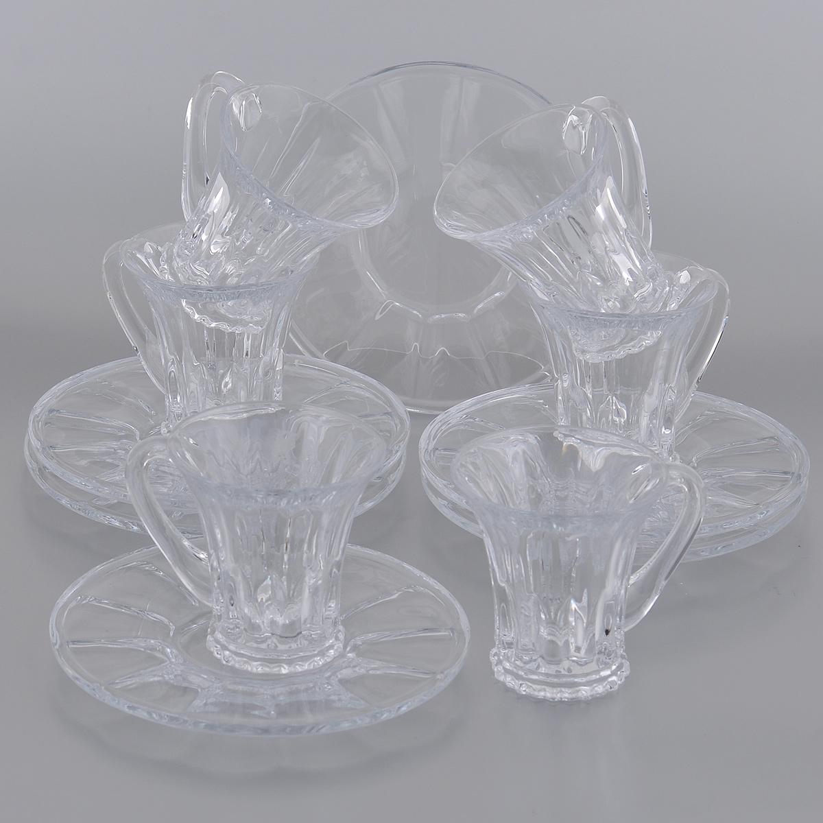 Набор чайный Crystalite Bohemia Веллингтон, 12 предметов2N753/0/99S37/100х6Чайный набор Crystalite Bohemia Веллингтон состоит из шести чашек и шести блюдец, изготовленных из прочного утолщенного стекла кристалайт. Изделия оснащены рельефной поверхностью. Они излучают приятный блеск и издают мелодичный звон.Предметы набора сочетают в себе элегантный дизайн и функциональность. Набор Crystalite Bohemia Веллингтон займет достойное место среди аксессуаров на вашей кухне. Нельзя использовать в микроволновой печи и в посудомоечной машине.