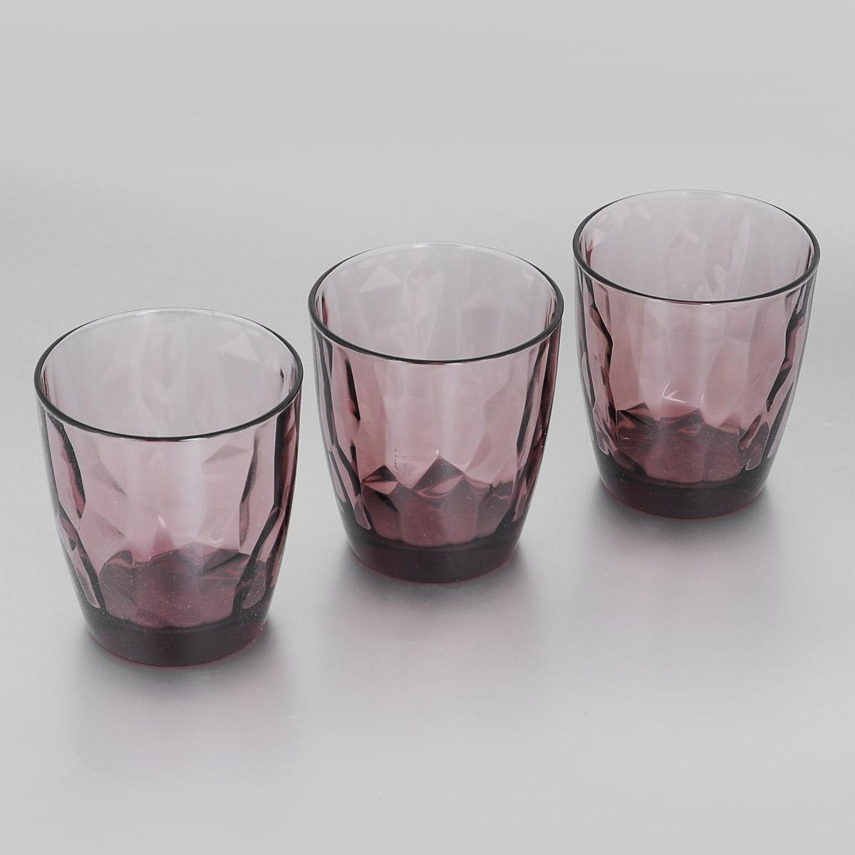 Набор стаканов Bormioli Rocco Diamond Rock Purple, 390 мл, 3 шт302258Q02021990Набор Bormioli Rocco Diamond Rock Purple, выполненный из стекла, состоит из 3 низких стаканов. Стаканы предназначены для подачи холодных напитков. С внутренней стороны поверхность стаканов рельефная, что создает эффект игры света и преломления. Благодаря такому набору пить напитки будет еще вкуснее.Стаканы Bormioli Rocco Diamond Rock Purple станут идеальным украшением праздничного стола и отличным подарком к любому празднику. С 1825 года компания Bormioli Rocco производит высококачественную посуду из стекла. На сегодняшний день это мировой лидер на рынке производства стеклянных изделий. Ассортимент, предлагаемый Bormioli Rocco необычайно широк - это бокалы, фужеры, рюмки, графины, кувшины, банки для сыпучих продуктов и консервирования, тарелки, салатники, чашки, контейнеры различных емкостей, предназначенные для хранения продуктов в холодильниках и морозильных камерах и т.д. Стекло сочетает в себе передовые технологии и традиционно высокое качество.