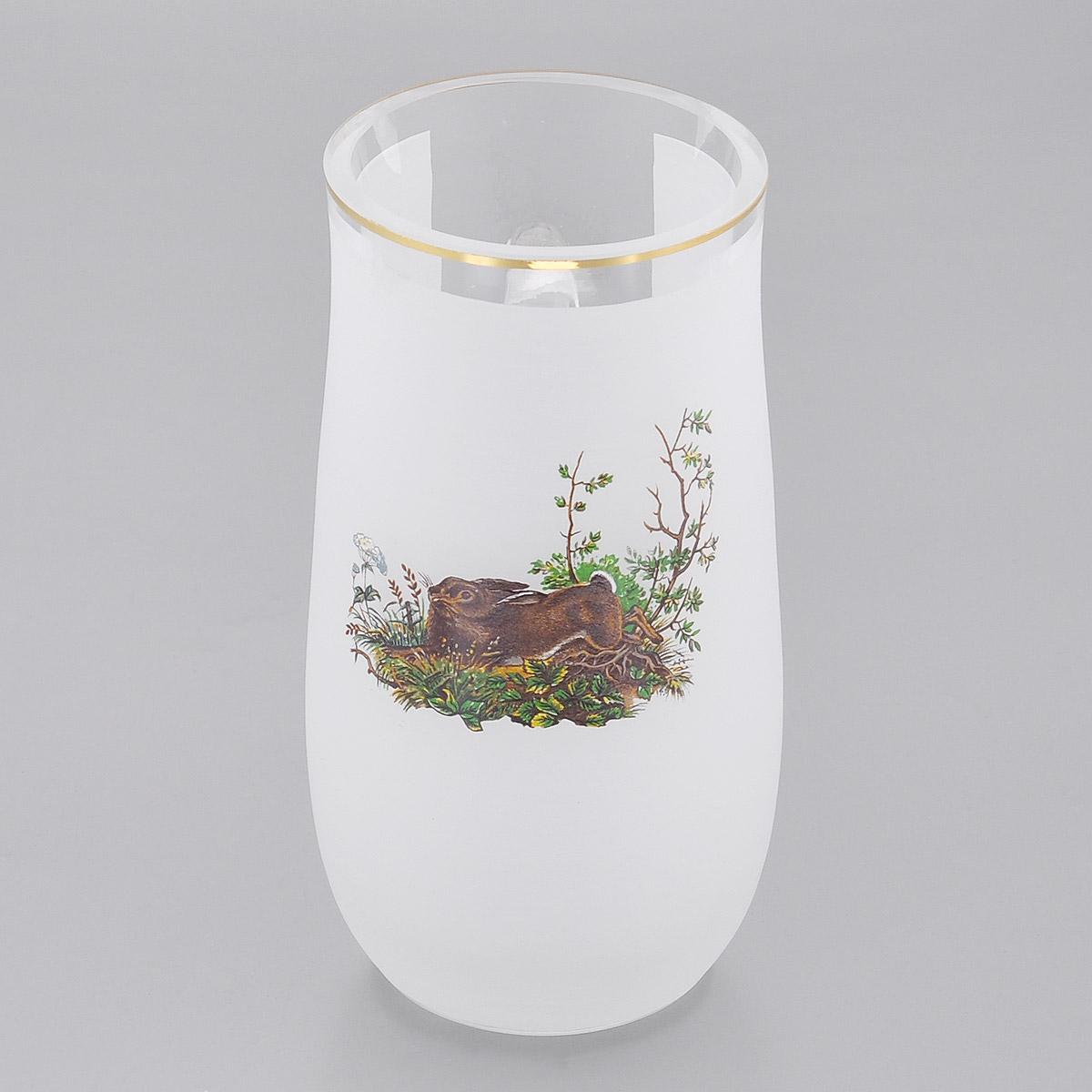 Кружка пивная Crystalite Bohemia Заяц, цвет: белый, 560 мл17035/560/60098Пивная кружка Crystalite Bohemia Заяц, выполненная из выдувного стекла - это не просто емкость для пива, это еще и оригинальный сувенир или прекрасный подарок для настоящего ценителя хмельного напитка. Изделие декорировано сочетанием прозрачной и матовой поверхностей, изображением зайца и золотистой окантовкой. Такая пивная кружка превращает распитие пива в настоящий ритуал, а зауженная к верху форма позволяет пиву дольше сохранять свой аромат.Не использовать в посудомоечной машине и микроволновой печи.